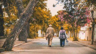 Photo of دراسة: طريقة المشي تكشف صحتك العقلية