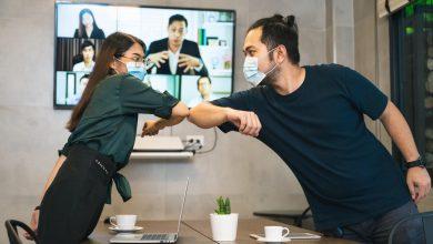 Photo of موظفون من قطاعات مهنية مختلفة في السعودية والإمارات يؤكدون بأن الافتقار إلى رحلات السفر بغرض الأعمال أثّر سلباً على أداء الأعمال