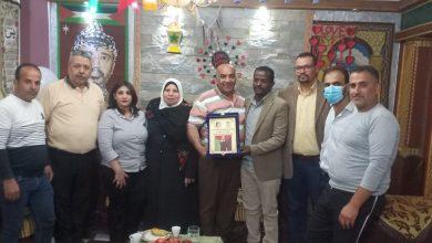 Photo of التجمع الفلسطيني للوطن و الشتات يكرم عائلة شيخ الأسرى فؤاد الشوبكي