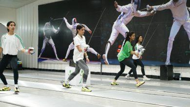 Photo of 40 لاعبة في تدريبات الأكاديمية الأولمبية للمبارزة