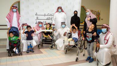 Photo of أمانة العاصمة المقدسة تعايد الاطفال ذوي الإعاقة