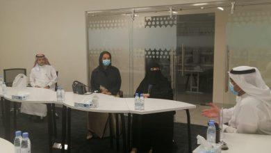 Photo of رئيسة جمعية فكرة للابتكار وريادة الاعمال الاجتماعية الأميرة هند بنت عبدالرحمن آل سعود في زيارة لشركة ريادة الأداء